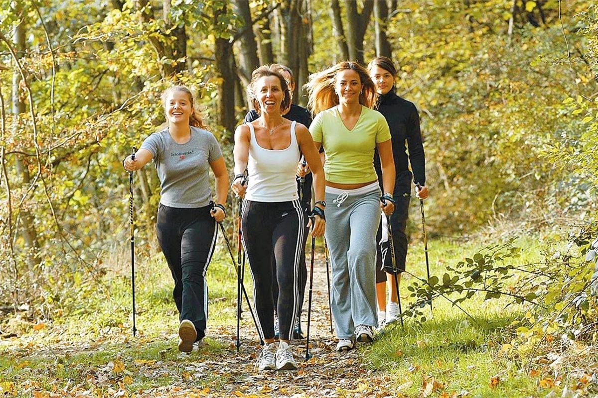 Scopriamo il Nordic Walking: appuntamento il 29 settembre a Borgo 2000