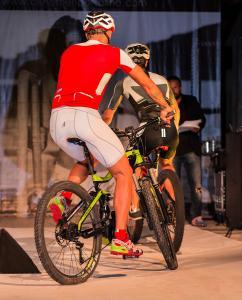 sfilata-botteroski-vernante-2016-bike-06